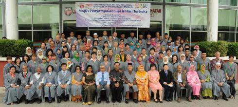 Gambarfoto Berkumpulan - Class of 2012